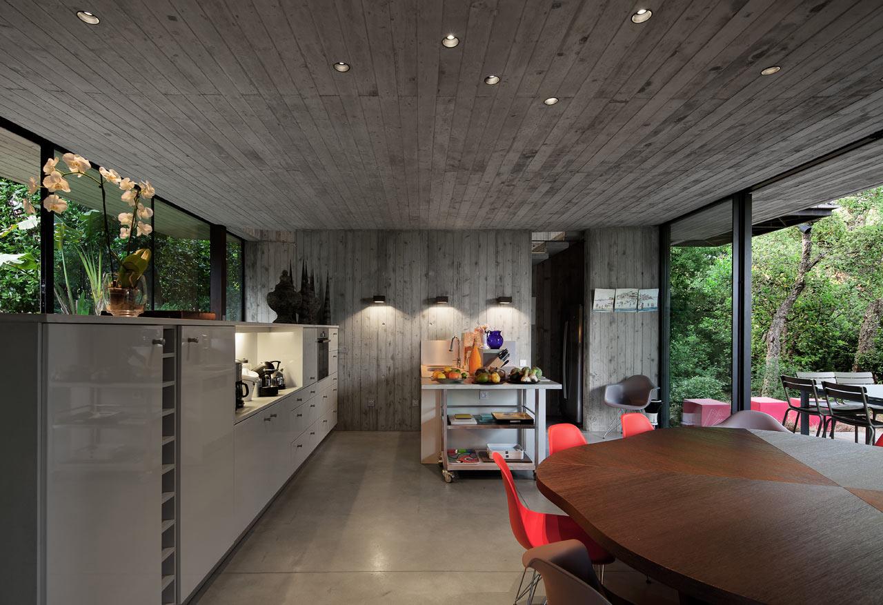 Dise o de una casa moderna en st tropez francia lf24 for Casa moderna 11