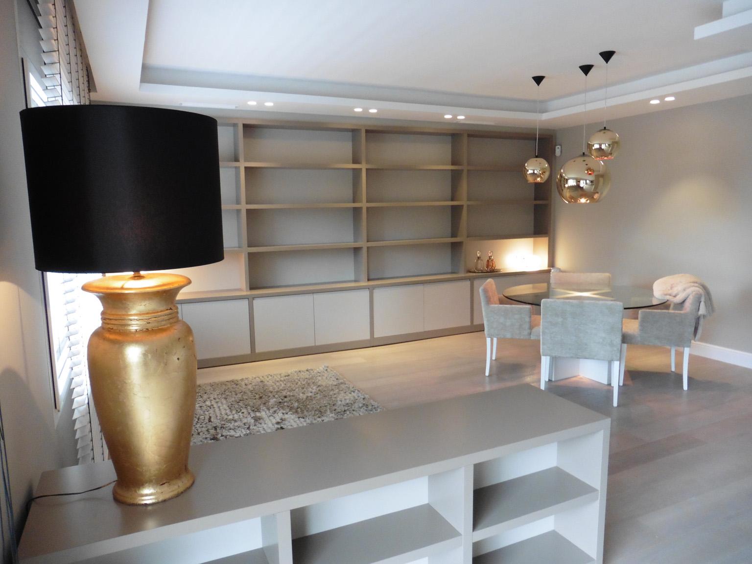 Reforma integral de un piso de estilo moderno en pedralbes - Salon piso moderno ...