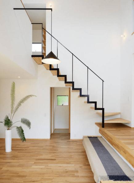 Dise o interior aprovechar el espacio bajo las escaleras for Formas de escaleras de concreto