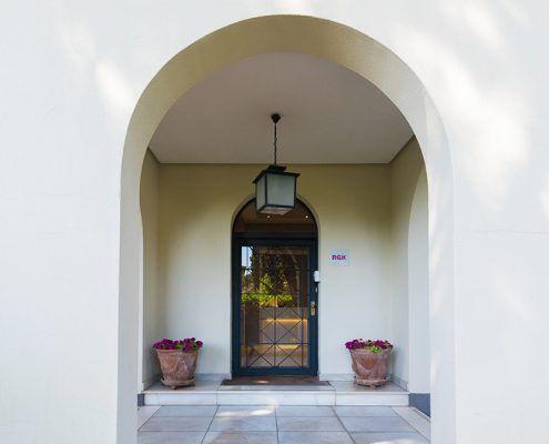 Puerta de acceso del jardín al palacete