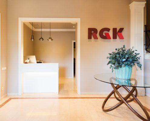 Recepción RGK con 3 lámparas de la marca Bover